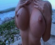 Could you resist that naked body on the beach ..and ANAL ? from jaisudha nude feck sex