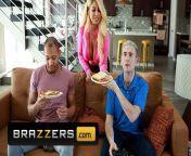Brazzers - Sexy Busty Babe Bridgette B Has A Double Penetration By Two Big Cocks from bangladeshi b grade sexy movie hot songi deeksha xxx 3www xx